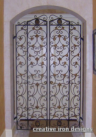 Creative iron designs for Indoor gate design